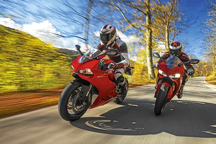 Test Ducati 899 Panigale i 1199 Panigale