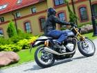 Triumph Thruxton 1200 R 2016: My name is Thruxton
