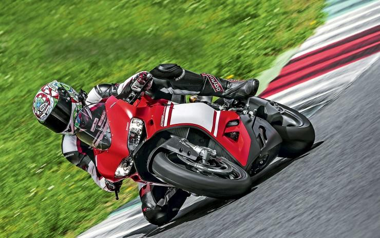 Ducati 1299 Superleggera - test