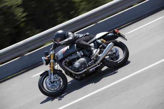 Triumph Thruxton RS - ewolucja legendy