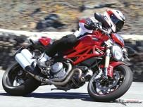 ducati-monster-1100-evo-2011-02.jpg